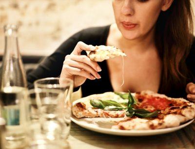 El servicio de psiconutrición es la combinación de psicología y nutrición para mejorar las emociones que impiden mantener una alimentación saludable.